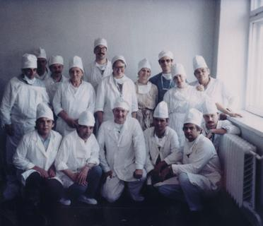 Susan Briggs with the USA burn team in Russia, 1989