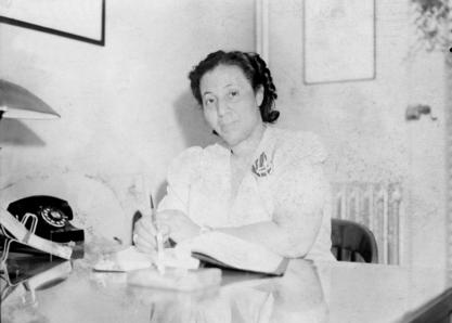 May Edward Chinn in her second office on Edgecombe Avenue, 1935
