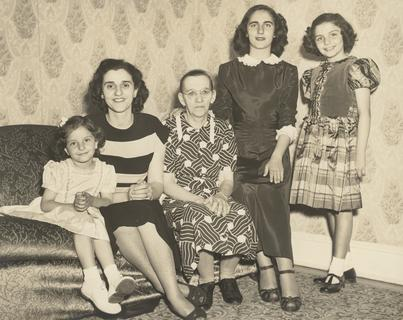 Catherine DeAngelis with her family, 1950