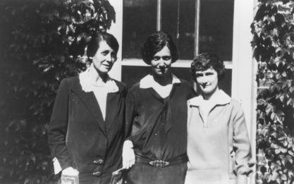 Louise Eisenhardt (right), with two other assistants of Harvey Cushing, Julia Sheply and Madeline Stanton, ca. 1920s