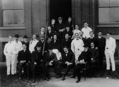 Dorothy Reed Mendenhall with colleagues at Brooklyn Naval Hospital, 1898