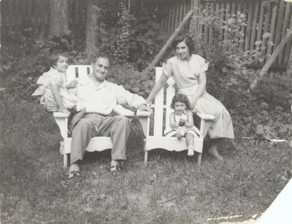 Esther Sternberg as young girl with her family, 1950s